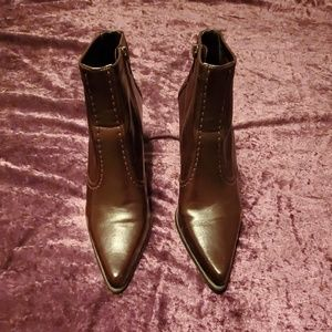 Franco Sarto ankle bootie